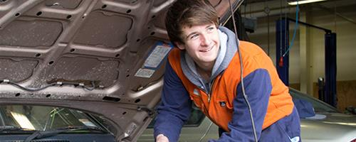 U-Skills Automotive student works on an engine at our Palmerston North campus